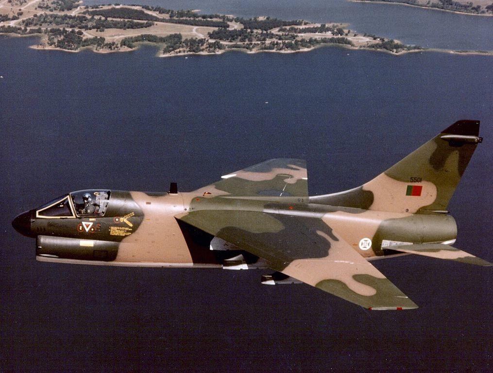 'Corsair' de la Força Aérea Portuguesa. 1984.