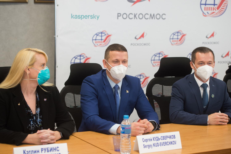 Kathleen Rubins, Sergej Rižikov i Sergej Kud-Sverčkov