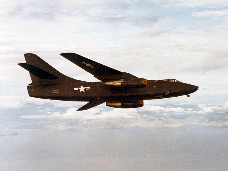 Un Skywarrior del Escuadrón de Reconocimiento Fotográfico Pesado VAP-61 en vuelo.