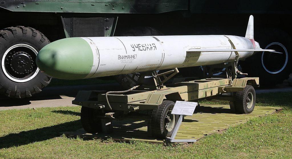 Rudal H-55 di Museum Aviasi Ukraina, Vinnytsia.