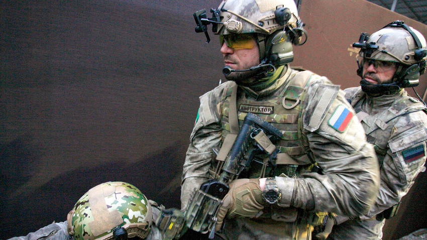 Стрелци за време на тренинг во Меѓународниот центар за обука на сили за специјална намена.