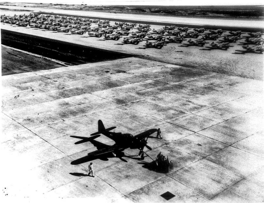 Американски истребител Р-63 и Р-39 преди полет в СССР