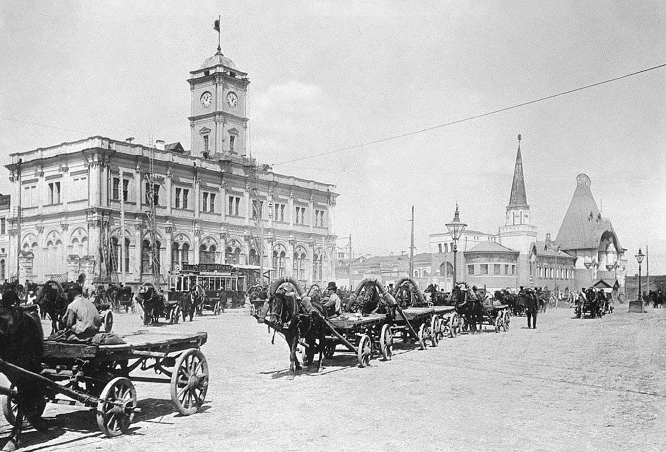 Наум Грановски. Каланчовски плоштад, 1929 година.