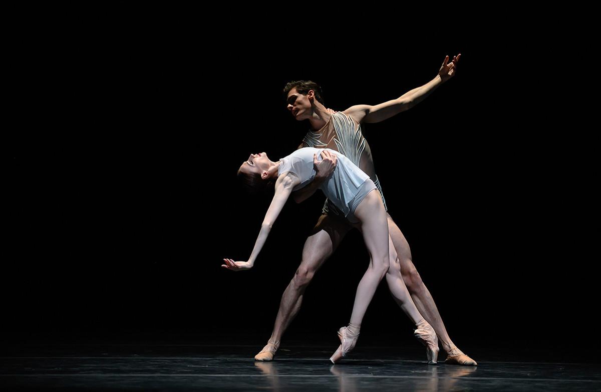Svetlana Zakharova, Jacopo Tissi no balé 'Silentium'. Natalia Voronova/bolshoi.ru