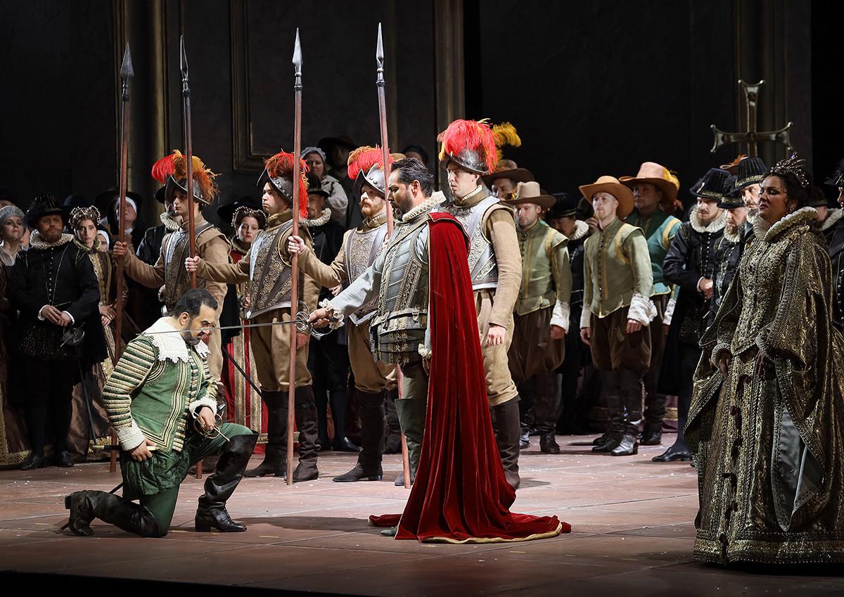 """Eine Szene aus der Oper """"Don Carlo""""."""