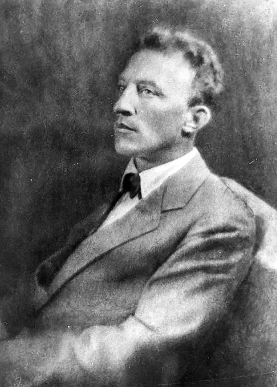 銀の時代を代表する詩人の一人、アレクサンドル・ブローク