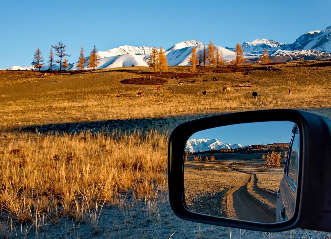 Musim guru di pegunungan Altai.