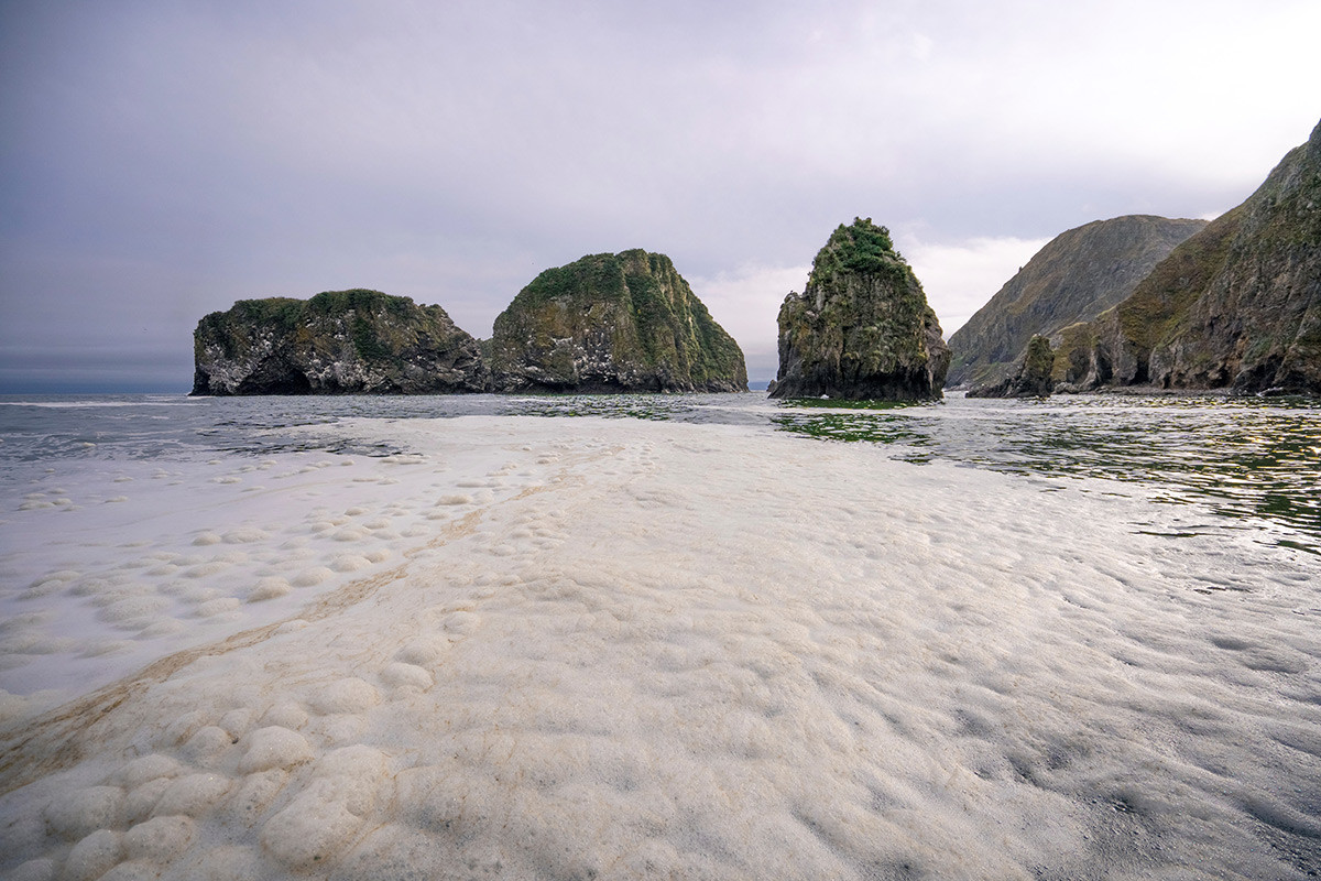 As águas da praia em foto do Greenpeace de 5 de outubro de 2020.