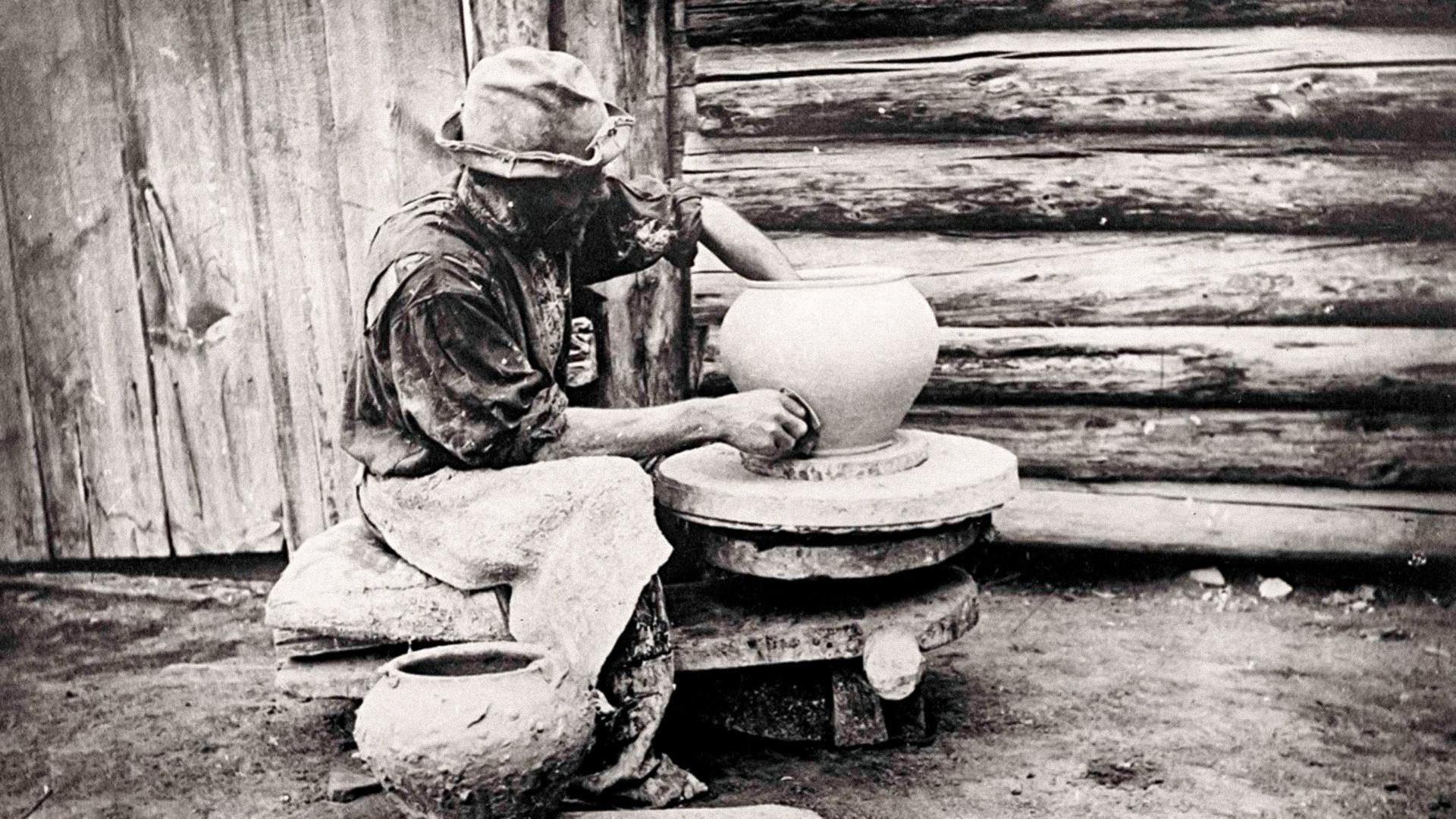 Грънчар от с. Атамановское, Красноярска област