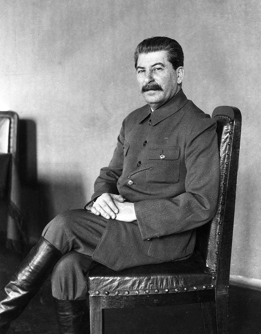 Јосиф Сталин, фотографија од 1932 година. Фотограф: Џејмс Е. Ебе