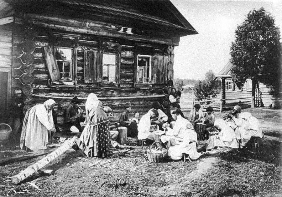 Artesãos de Níjni Novgorod, 1897
