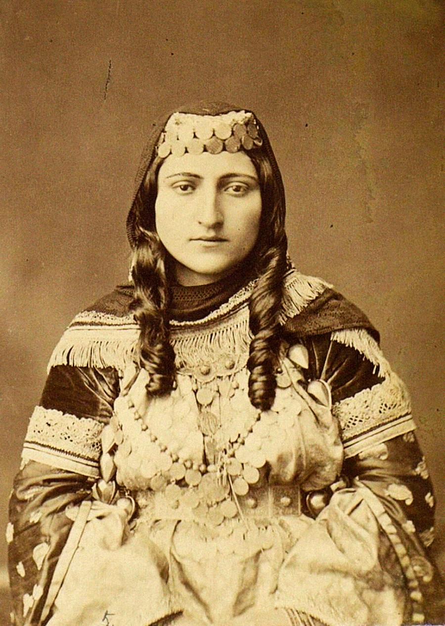 アルメニア人、バクー県(現アゼルバイジャン)、1883年