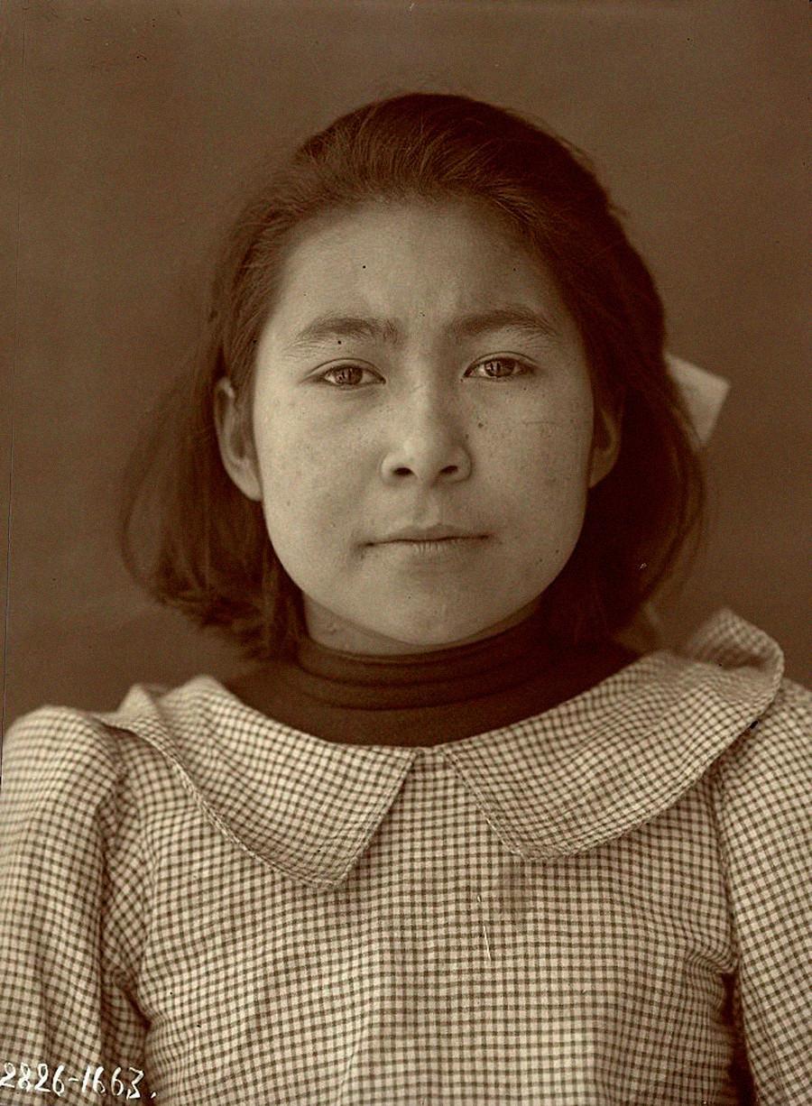 イテリメン人女性、カムチャッカ、1911年