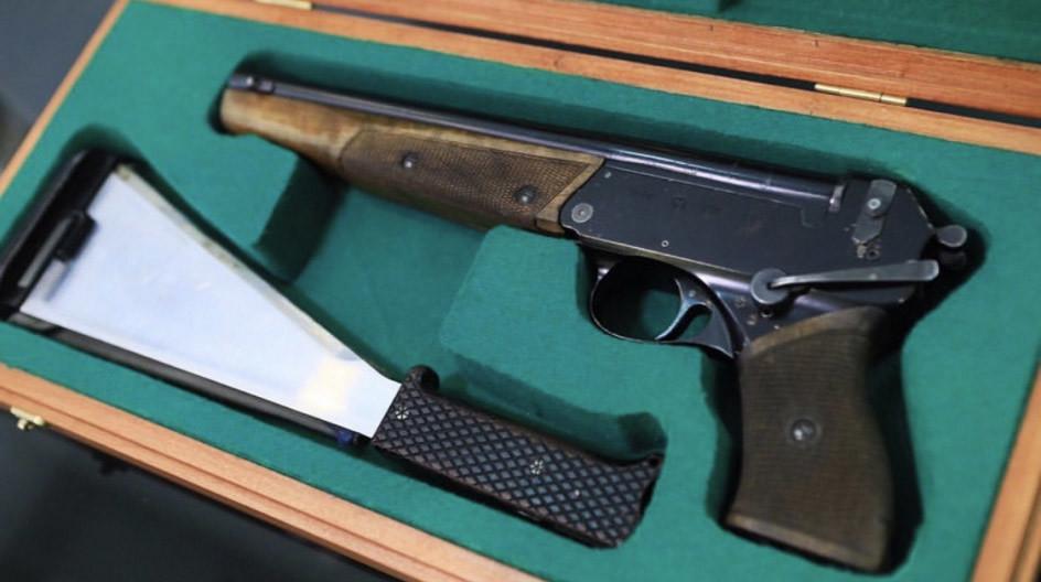 Pistol A.A. Leonova TP-82.