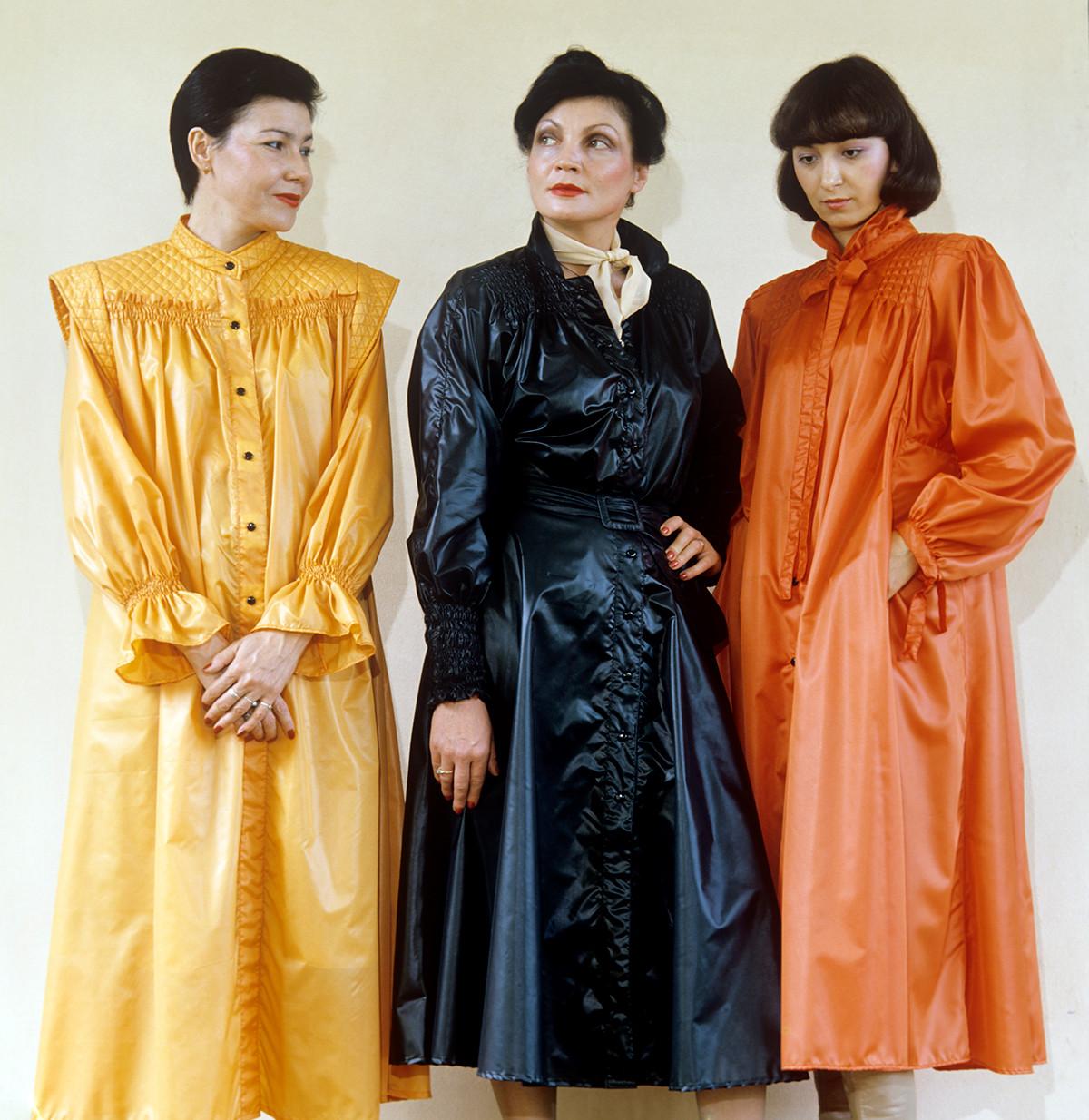 Soviet fashion models in 1982.