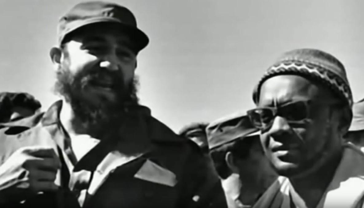 Fidel Castro junto a Amílcar Cabral