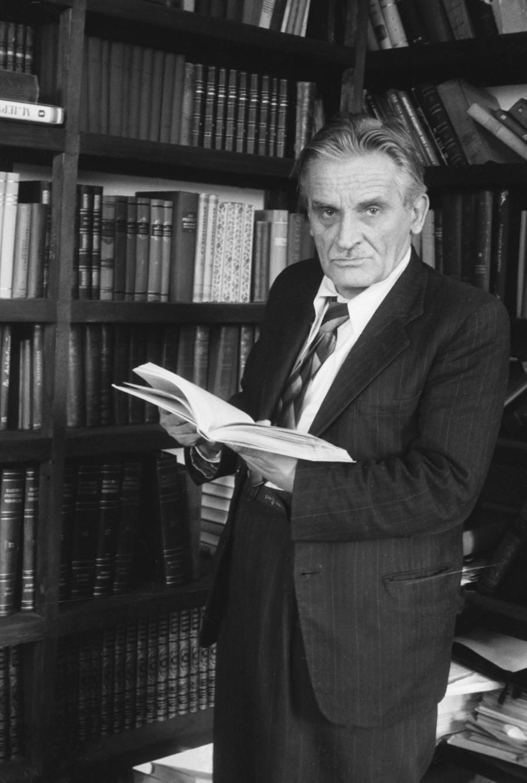 Jurij Olesha nel 1954
