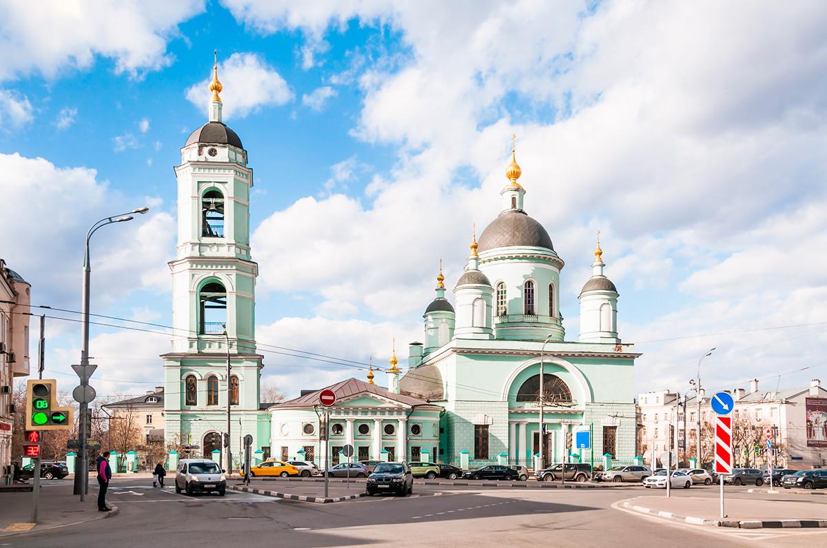 La chiesa di San Sergio di Radonezh a Rogozhskaja Slobodà