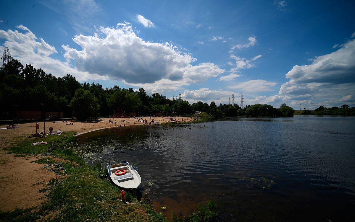 Il parco Levoberezhnyj