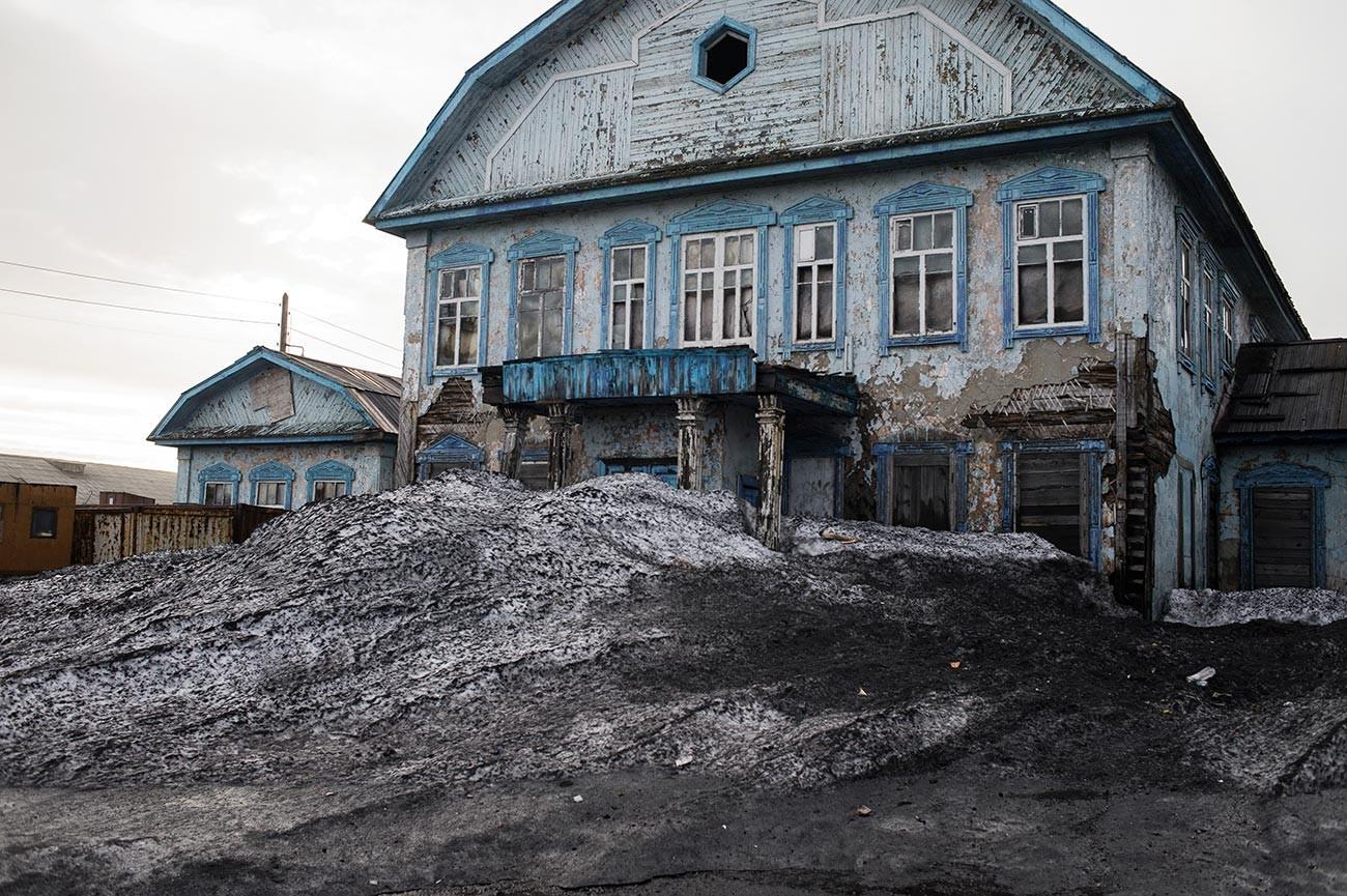 Арктичко насеље Диксон на обали Карског мора.