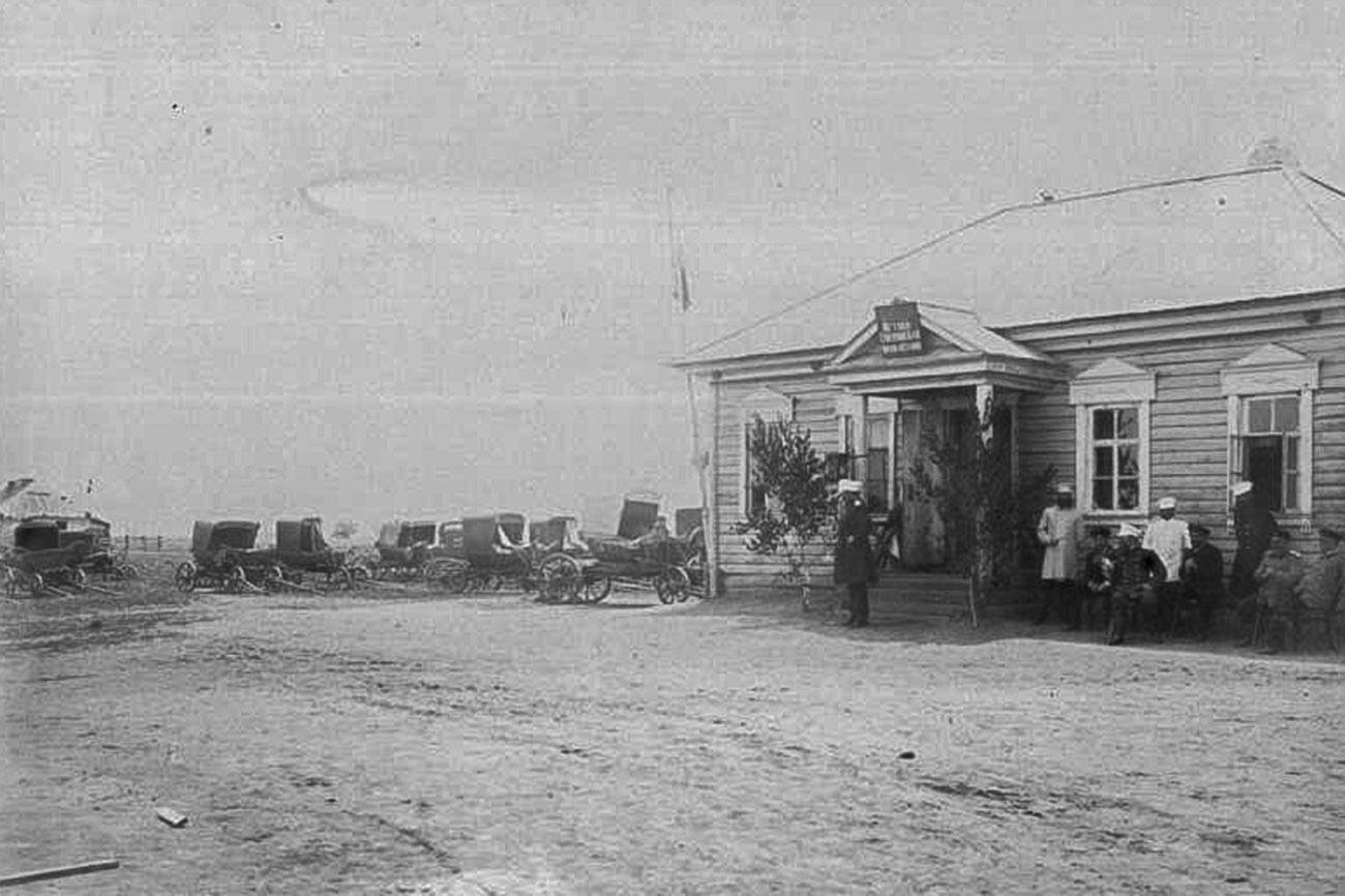 Јам (поштанска станица) на ушћу река Усури и Сунгаче.