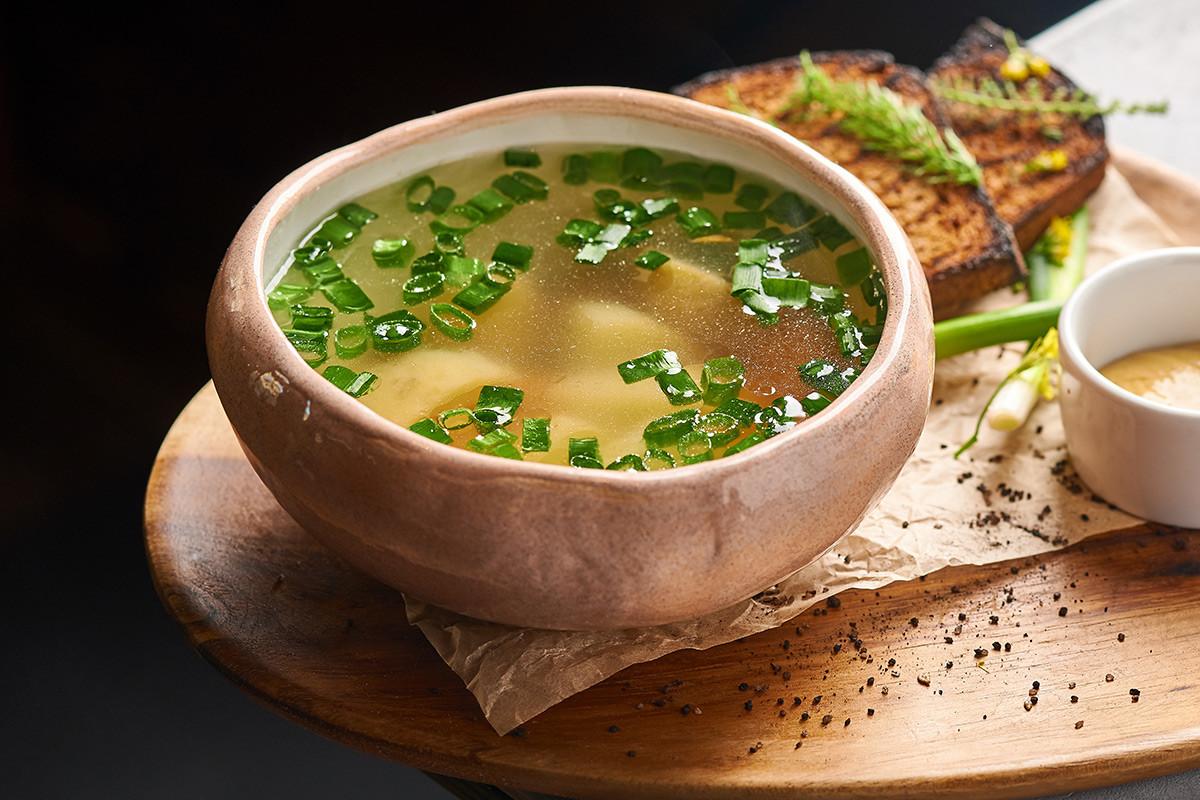 コストロビのスープ(鶏肉と野菜入り)