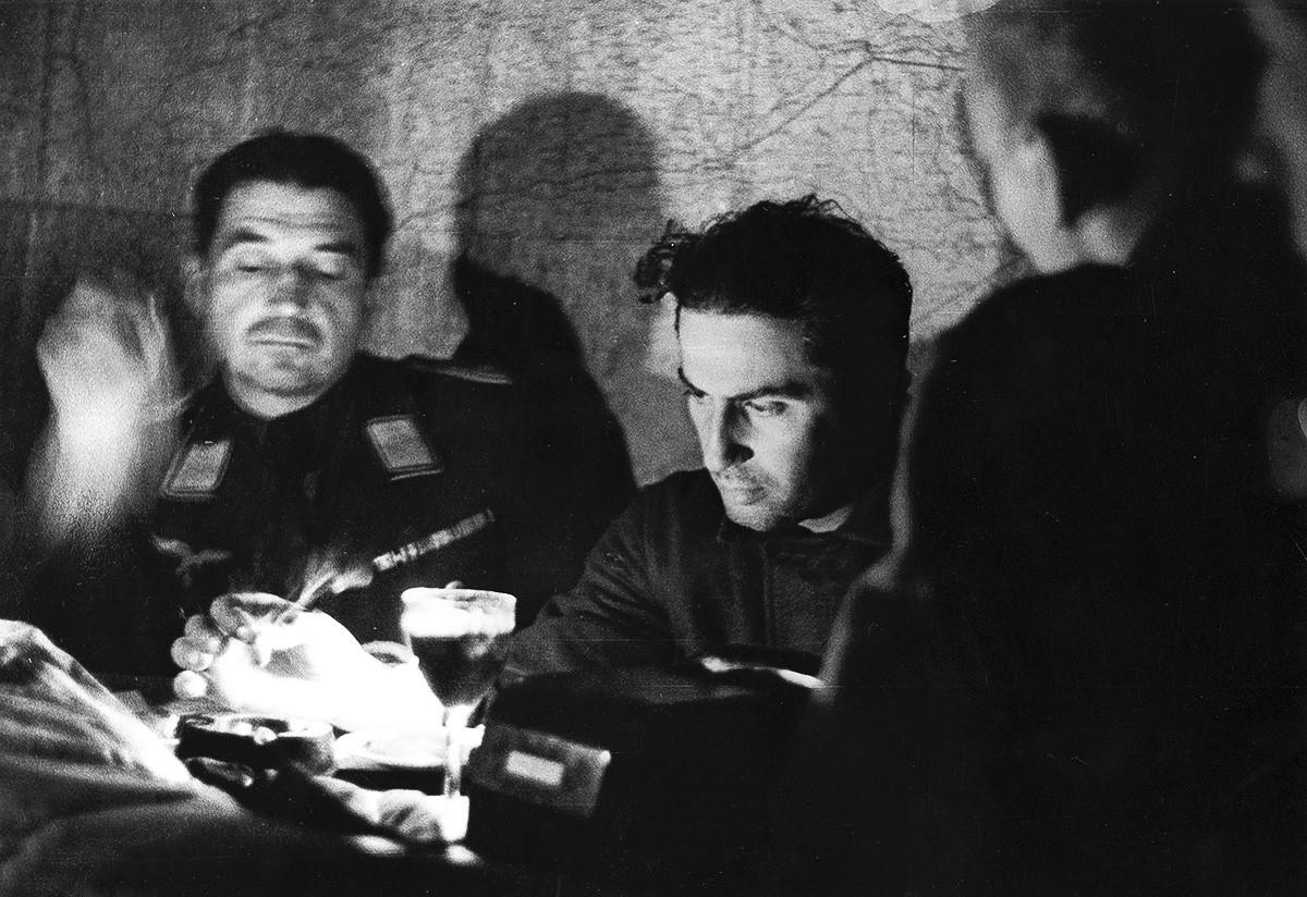 Yakov Dzhugashvili durante l'interrogatorio dopo la cattura da parte dei nazisti