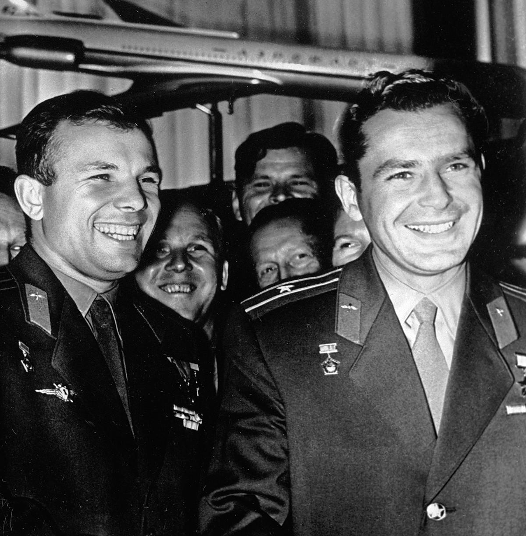 The two heroes, Yuri Gagarin and Gherman Titov, in 1961.