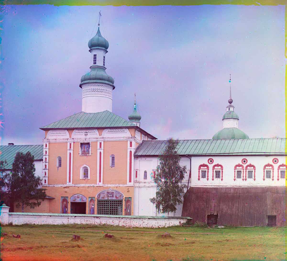 Church of St. John Climacus over Holy Gate, north view. Right: Treasury Chamber. Summer 1909