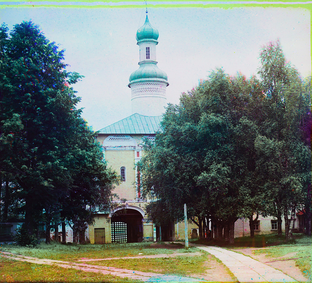 Church of St. John Climacus over Holy Gate, south view. Summer 1909