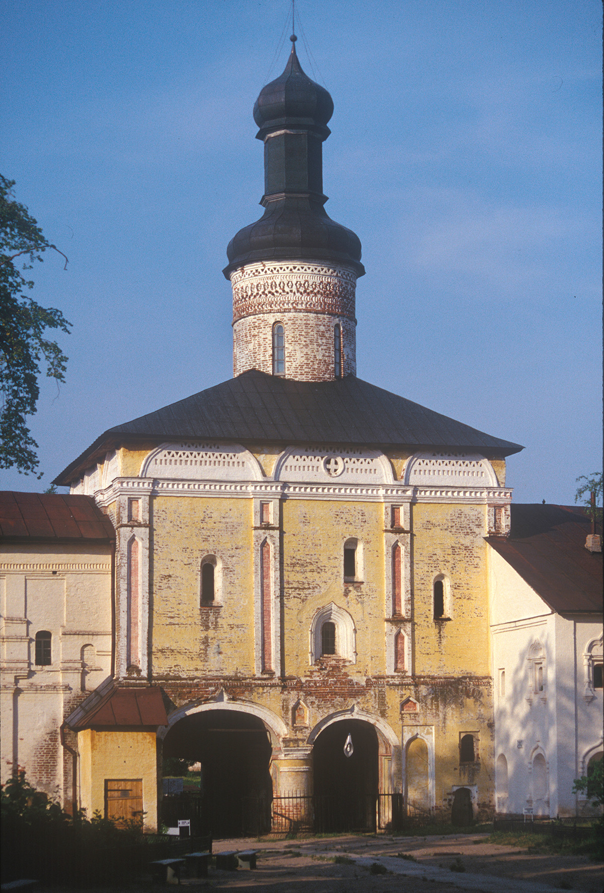 Church of St. John Climacus over Holy Gate, south view. July 14, 1999