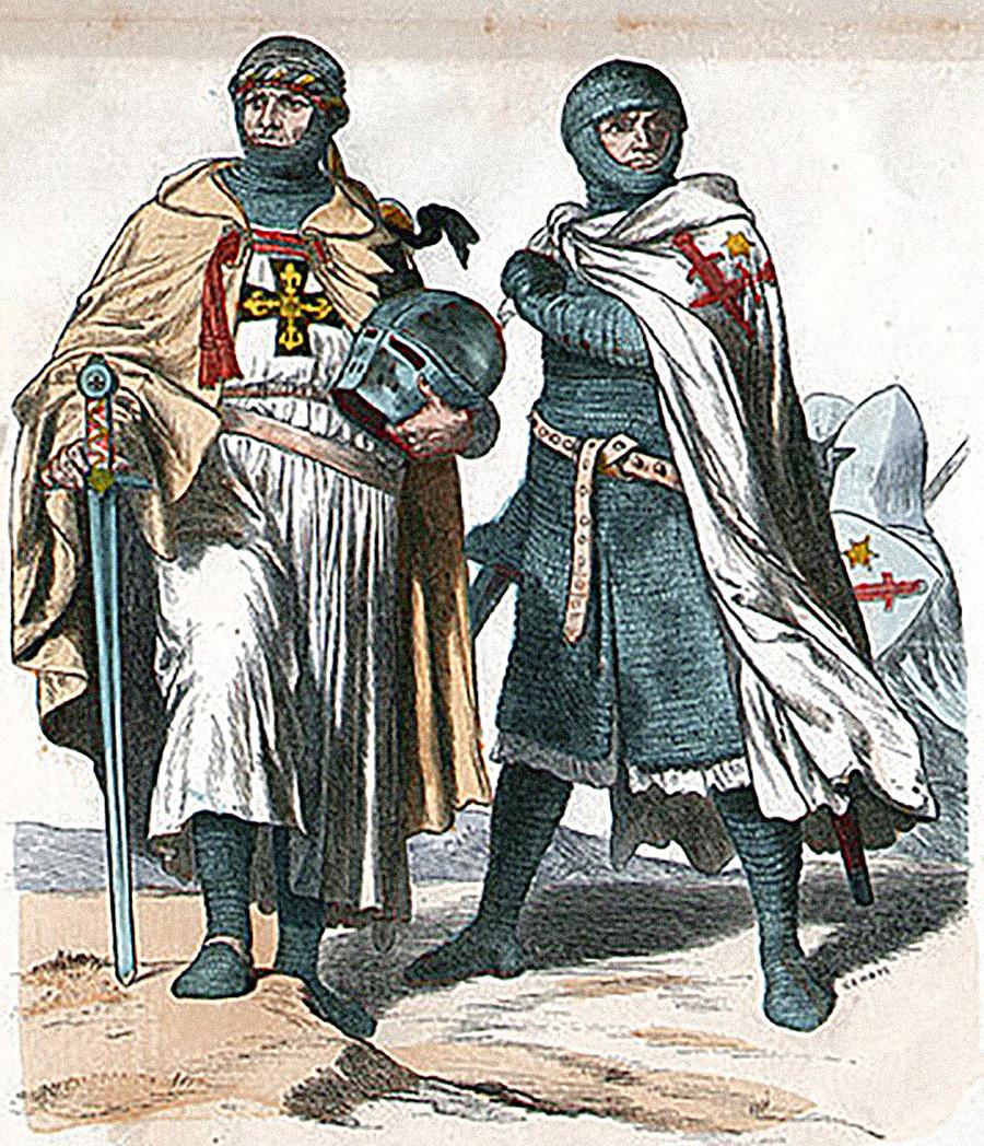 Un Cavaliere Teutonico a sinistra e un Fratello di Spada a destra