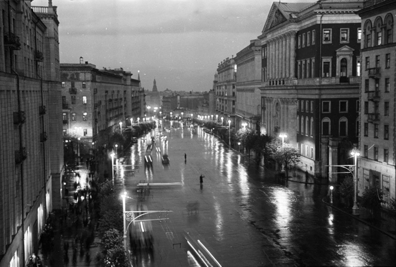 Via Gorkij (oggi Tverskaya), di Mosca