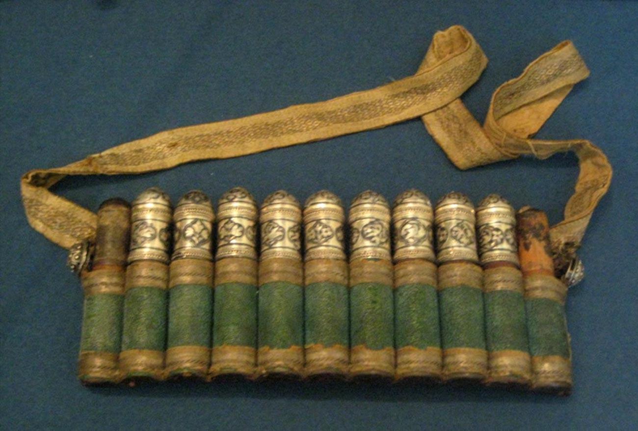 19世紀のカバン型のガズィリ
