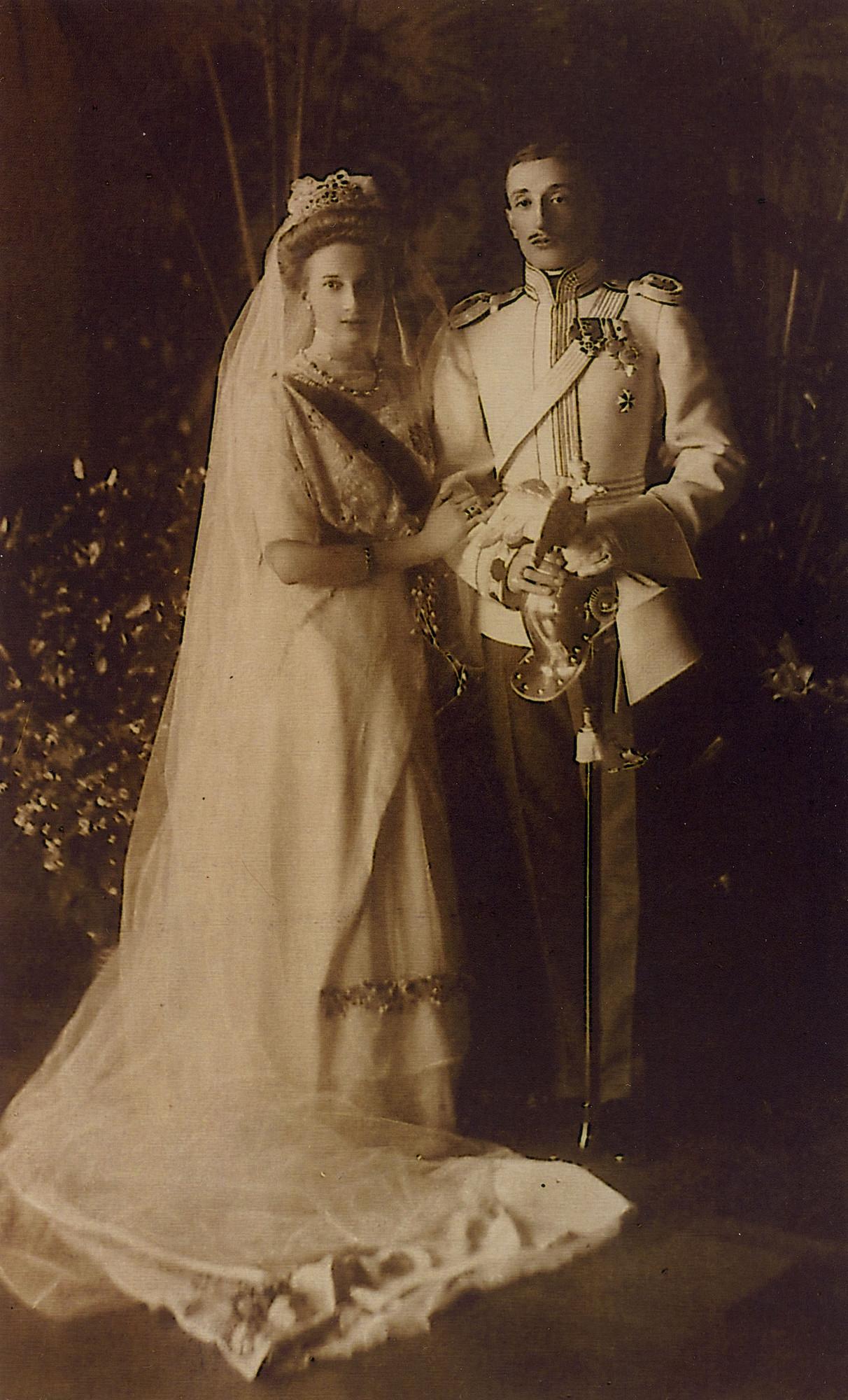 Ein Hochzeitsfoto des georgischen Prinzen Konstantine Bagration von Mukhrani und Prinzessin Tatjana Konstantinowna.