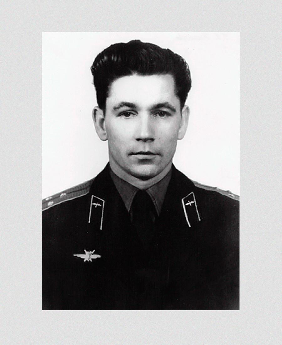 Grigorij Neljubov si preparava a essere il terzo cosmonauta a volare nello spazio
