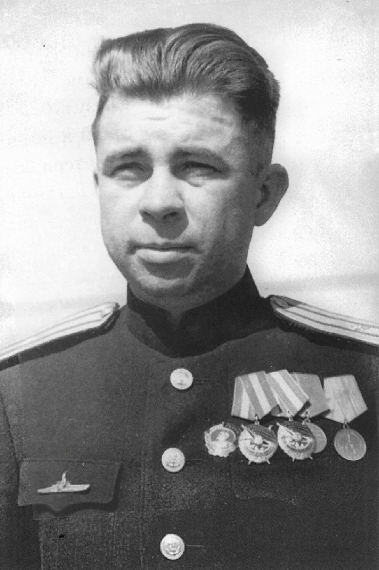 Александр Маринеско.