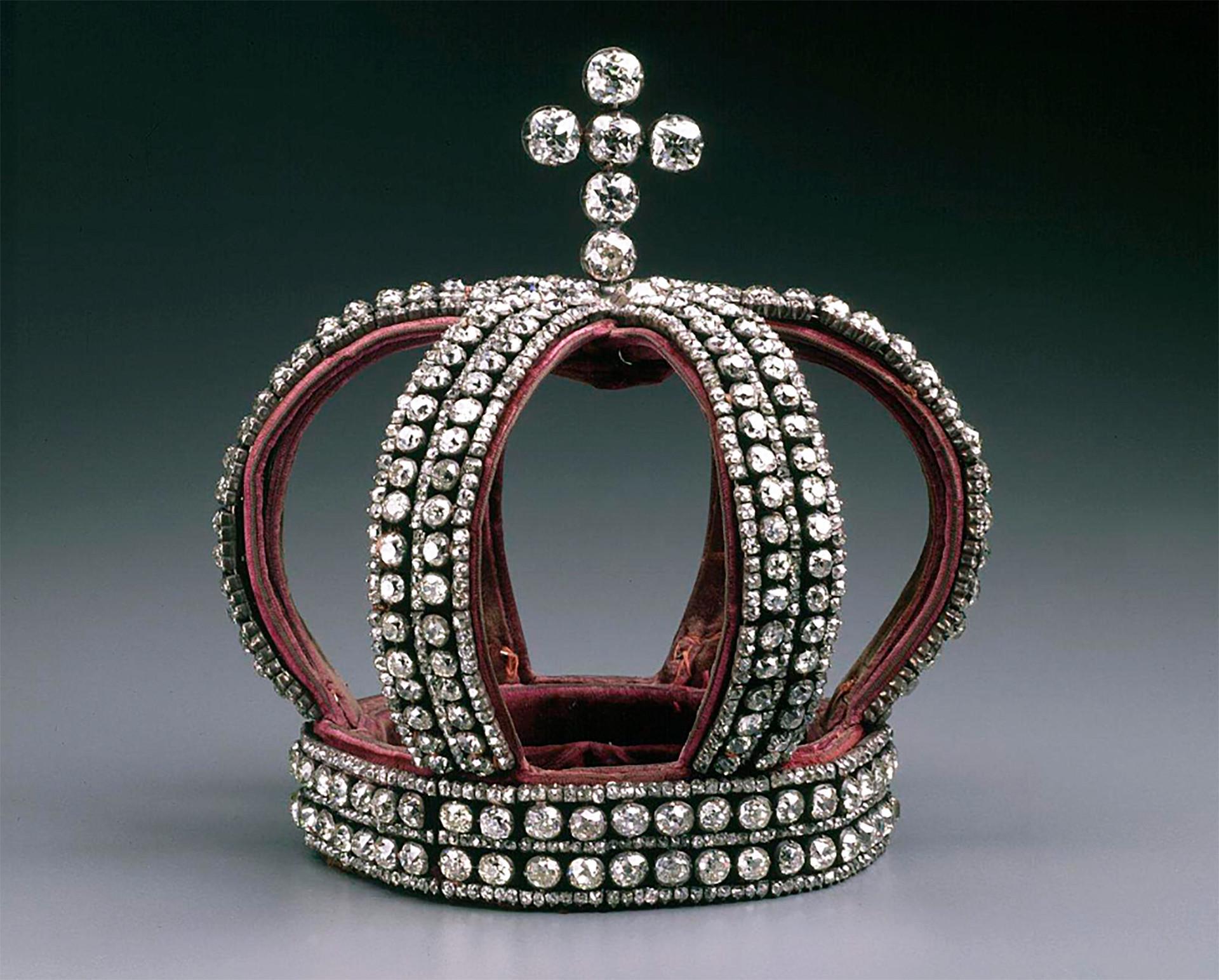 Венчальная корона Романовых, которая теперь находится в музее в Вашингтоне,