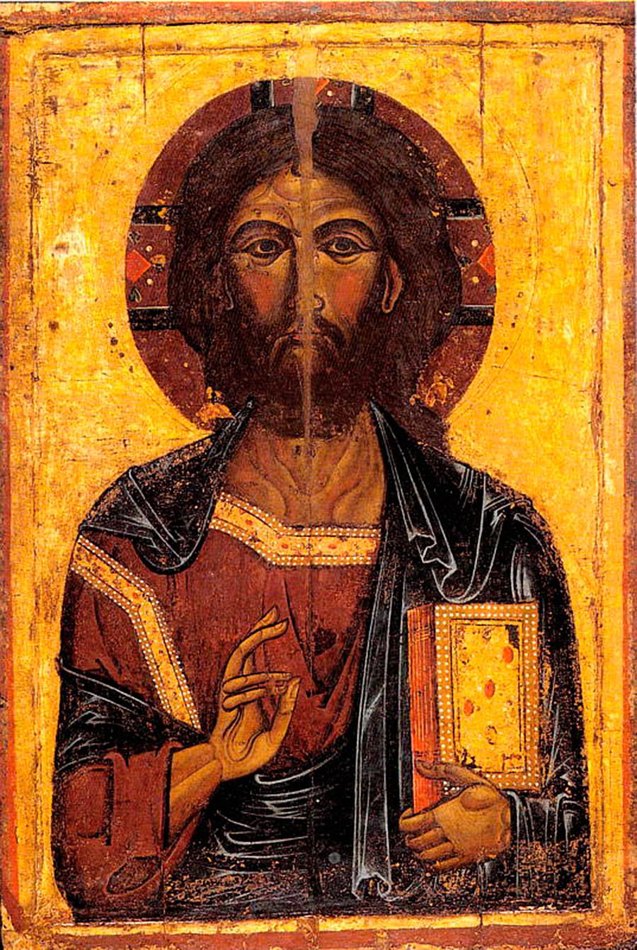 Das älteste Objekt des Museums: eine Ikone des Christus Pantokrators aus dem 13. Jahrhundert aus Gawschinka (einem Dorf in der Nähe der Stadt Jaroslawl).