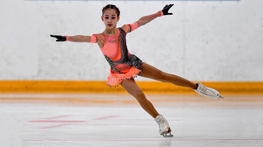 Запознайте се със София Акатиева, най-новата руска звезда на фигурното  пързаляне - Russia Beyond България