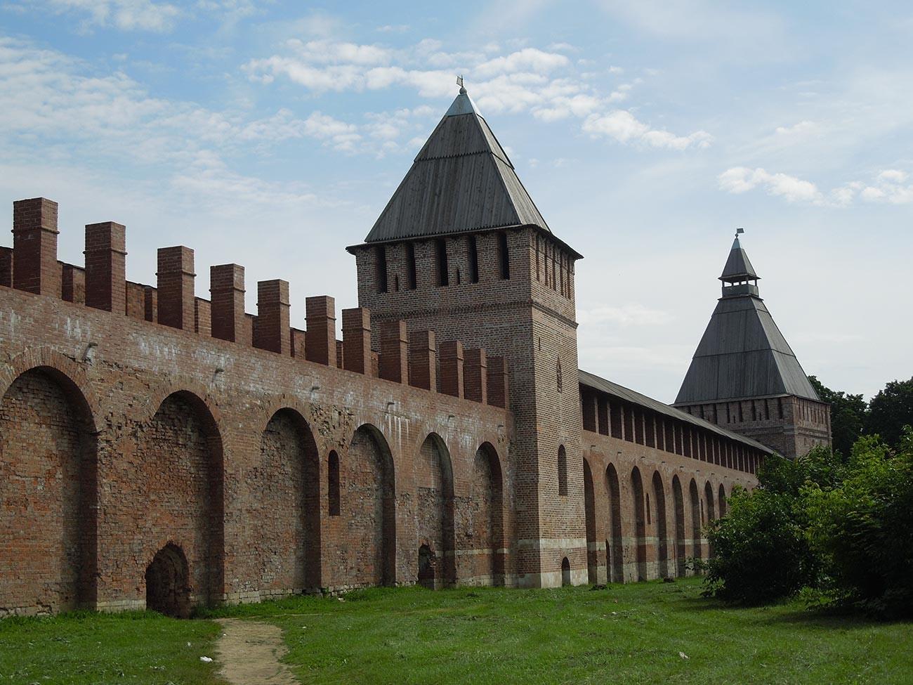La cittadella di Smolensk, una delle fortezze più imponenti dell'epoca, aveva lo scopo di proteggere le terre di Mosca dagli attacchi polacchi