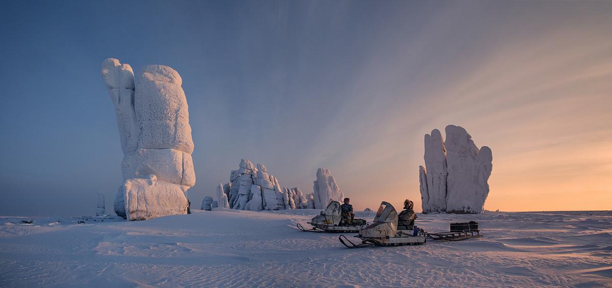 サハ共和国(ヤクート共和国)、北極圏のウラハーン-シス山岳地帯