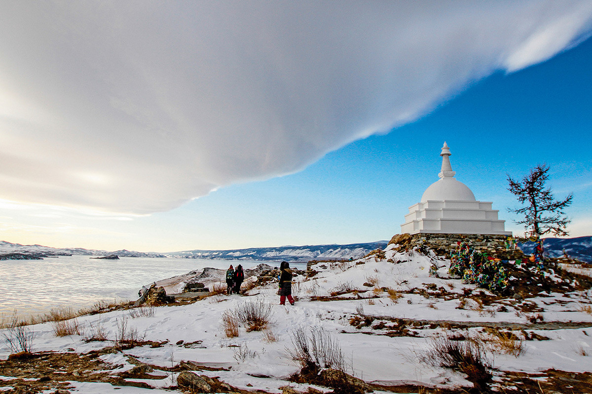 イルクーツク州、バイカル湖オゴイ島