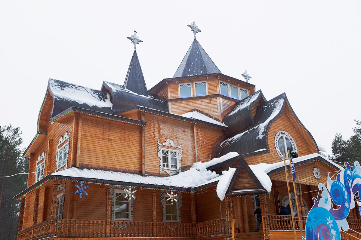 Terem Ded Moroz (Kakek Salju) di Veliky Ustyug, Vologodskaya (Vologda) Oblast.