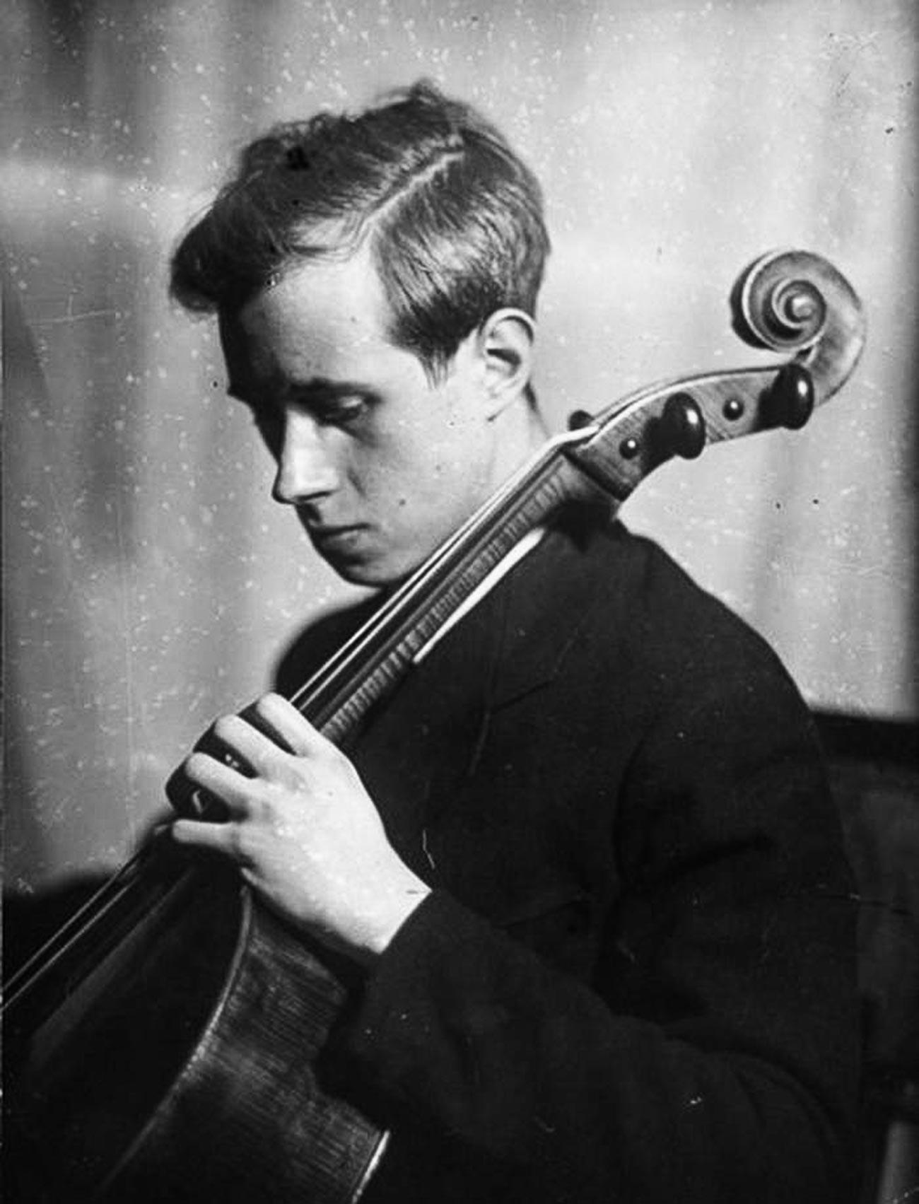 Musician and composer Mstislav Rostropovich