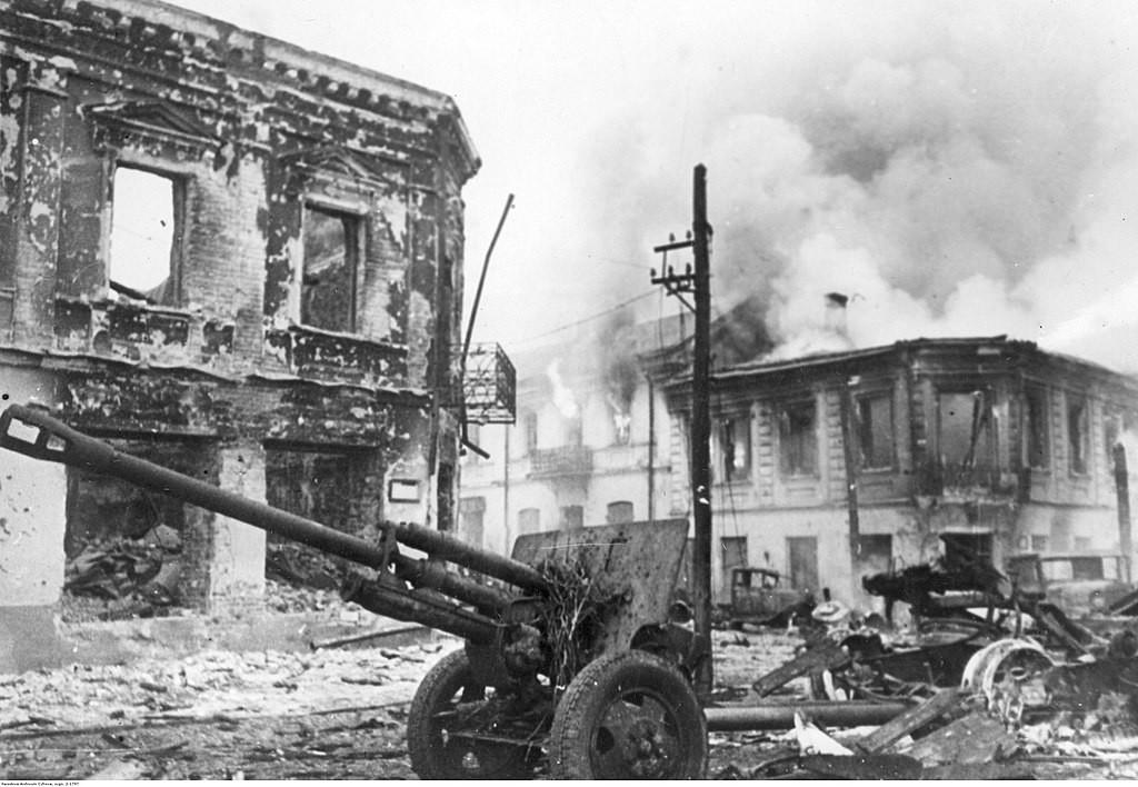 Constructor: V. G. Grabin Producción al final de la guerra: más de 103.000 unidades
