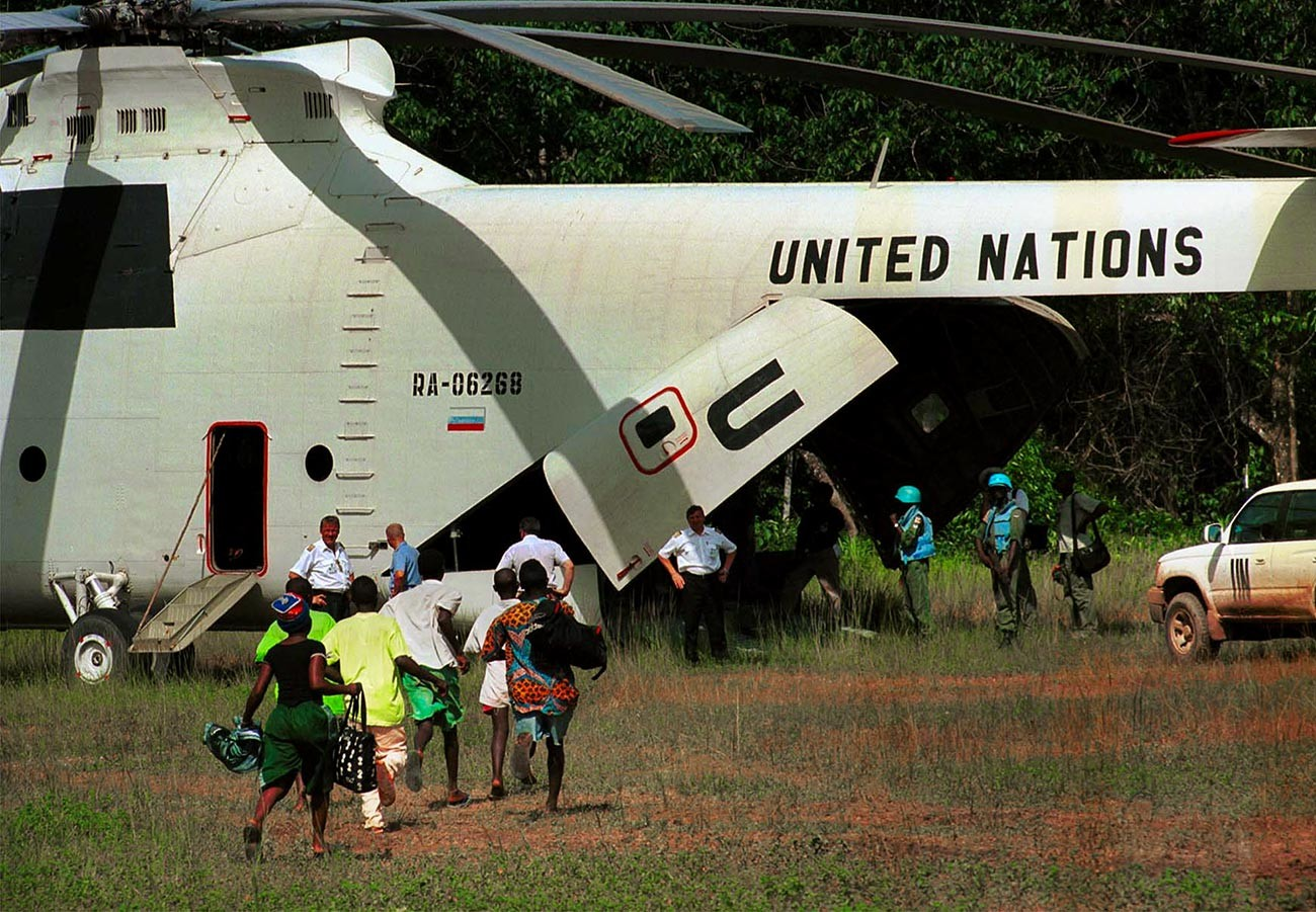 Osvoboditev skupine otrok-vojakov v Sierra Leoneju