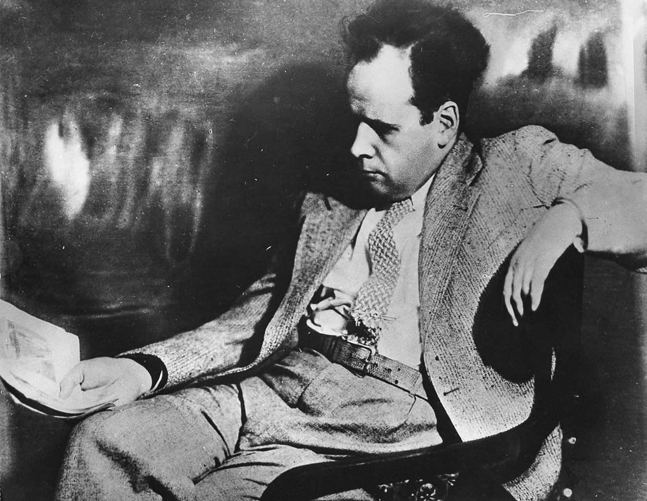 Serguéi Eisenstein, legendario director de cine soviético, años 30.