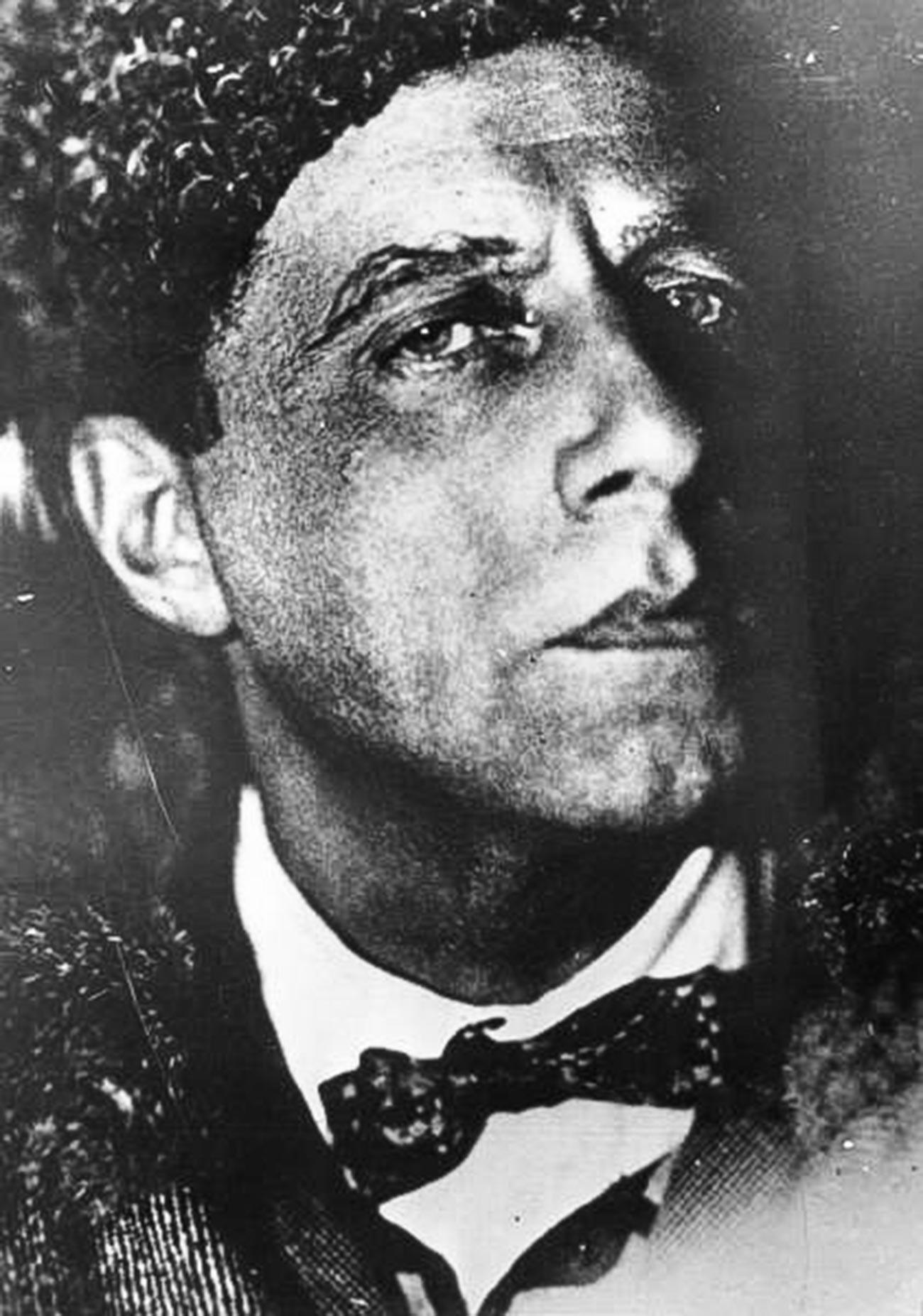 Vsevolod Meyerhold, director de teatro, 1932