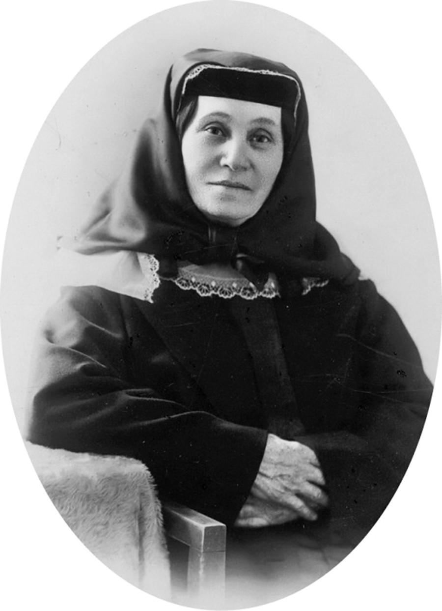 Мајката на Сталин Екатерина Џугашвили.